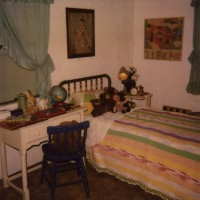 '50s Bedroom, Unsolved Mysteries